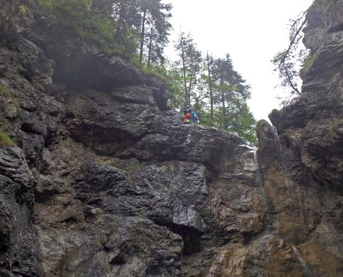 Abseilstelle beim Canyoning mit The Over and Out