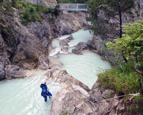 Pools beim Canyoning an den Stuibenfällen